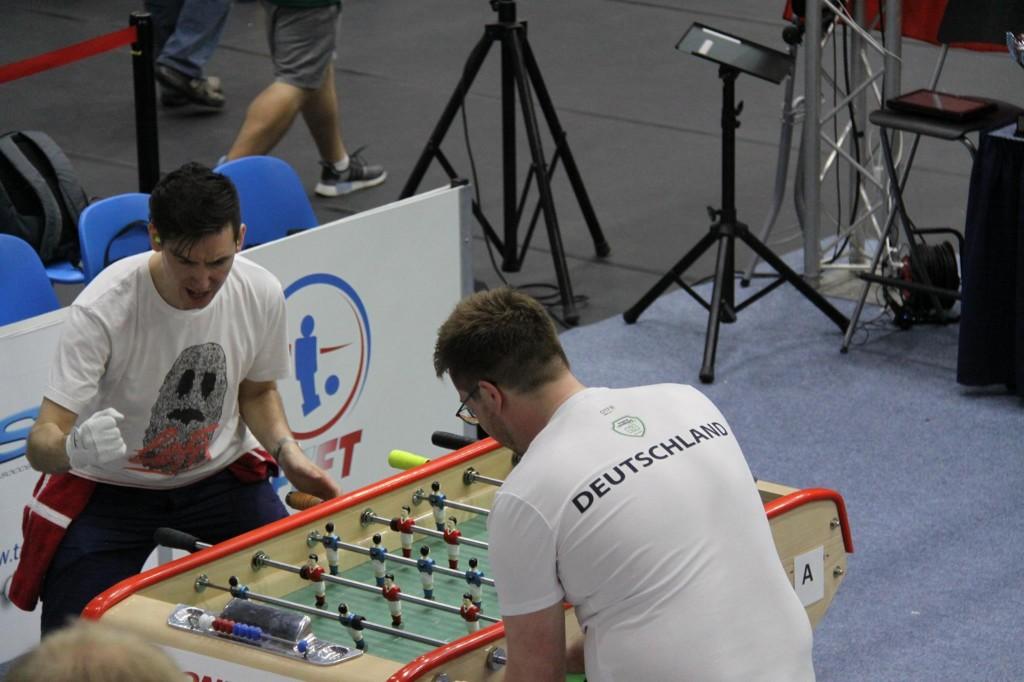 Rasmus Sebulundson zeigt, dass auch Bonzini spielen Freude macht.